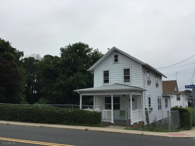 South Amboy City Single Family Home For Sale: 550 Washington Ave