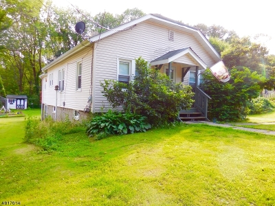 Randolph Twp. Single Family Home For Sale: 409 Quaker Church Rd