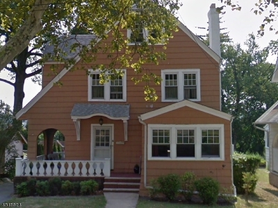 West Orange Twp. Single Family Home For Sale: 6 Oxford Ter