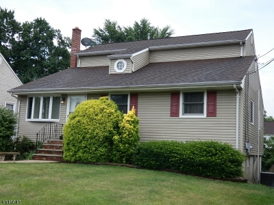 Woodbridge Twp. Single Family Home For Sale: 125 S Mc Kinley Ave
