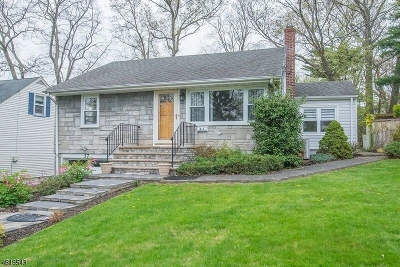 West Orange Twp. Single Family Home For Sale: 37 Thorn Ter