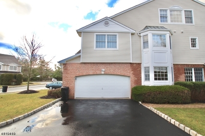West Orange Twp. Condo/Townhouse For Sale: 29 Waldeck Ct