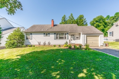 CLARK Single Family Home Active Under Contract: 11 Evans Ter