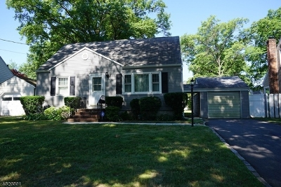 RAHWAY Single Family Home For Sale: 214 Villa Pl