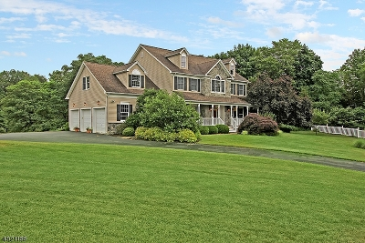 Union Twp. Single Family Home For Sale: 6 Bailey Farm Rd
