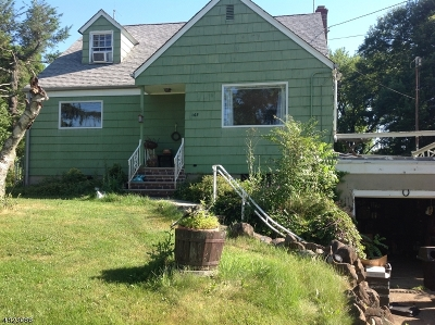 West Orange Twp. Single Family Home For Sale: 667 Mt Pleasant Ave