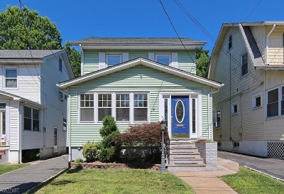 Maplewood Twp. Single Family Home For Sale: 129 Franklin Ter