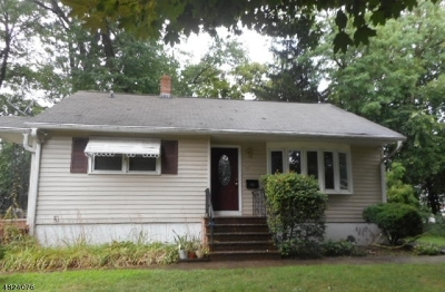 Springfield Twp. Single Family Home For Sale: 27 Alvin Ter
