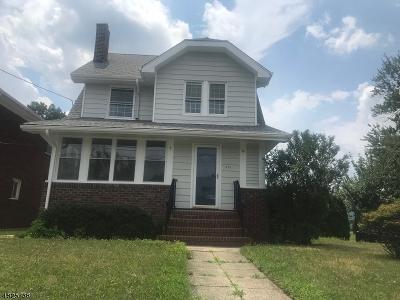 Belleville Twp. Single Family Home For Sale: 679 Belleville Ave