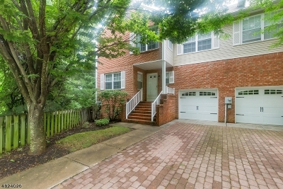 WATCHUNG Condo/Townhouse For Sale: 37 Berkeley Sq #37