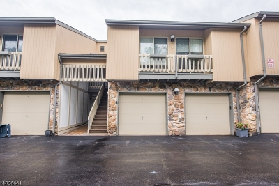 West Orange Twp. Condo/Townhouse For Sale: 52 Buchanan Ct