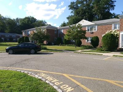 West Orange Twp. Condo/Townhouse For Sale: 43 Conforti Ave