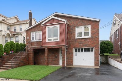 Belleville Twp. Single Family Home For Sale: 99 Forest St