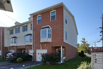 Nutley Twp. Condo/Townhouse For Sale: 21 Hancox Ave
