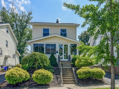 Bloomfield Twp. Single Family Home For Sale: 103 Davis Ave