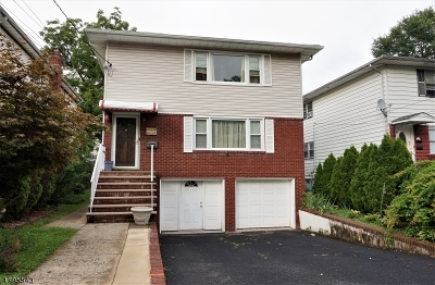Maplewood Twp. Multi Family Home For Sale: 15 Evelyn Ct