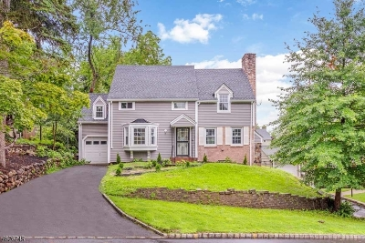 West Orange Twp. Single Family Home For Sale: 61 Forest Hill Rd