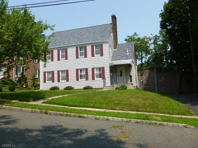 West Orange Twp. Single Family Home For Sale: 29 Brookside Rd