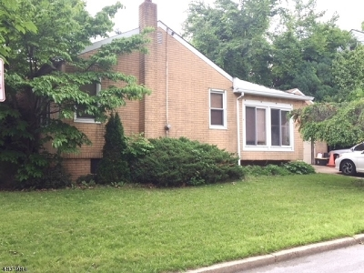 Woodbridge Twp. Single Family Home For Sale: 13 E Coddington Ave