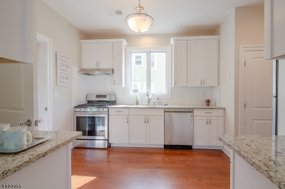 Maplewood Twp. Single Family Home For Sale: 144-146 Franklin Ave