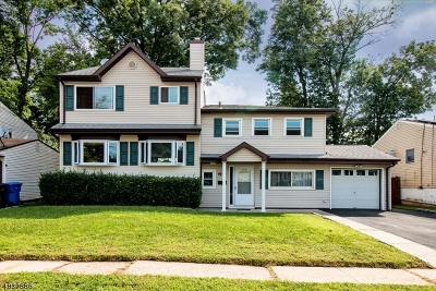 Woodbridge Twp. Single Family Home For Sale: 60 Cypress Dr