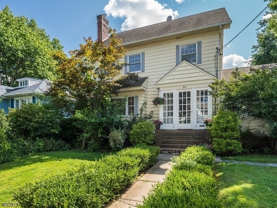 Maplewood Twp. Single Family Home For Sale: 86 Oakland Rd