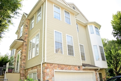 Randolph Twp. Condo/Townhouse For Sale: 99 Arrowgate Dr