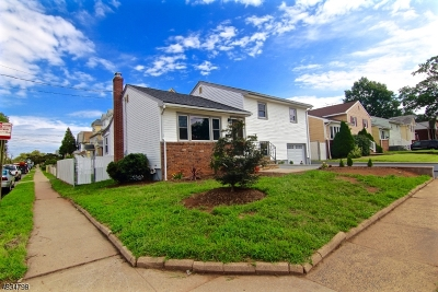 Elizabeth City Single Family Home For Sale: 179 Standish St
