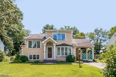 East Brunswick Twp. Single Family Home For Sale: 12 Oxford Rd