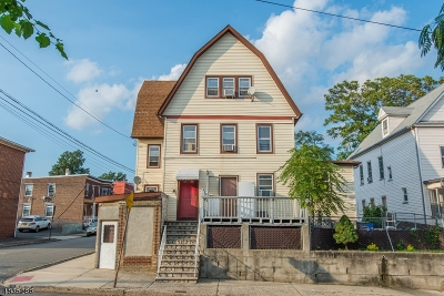 Belleville Twp. Multi Family Home For Sale: 112 William St