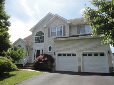 South River Boro Single Family Home For Sale: 5 Veterans Dr
