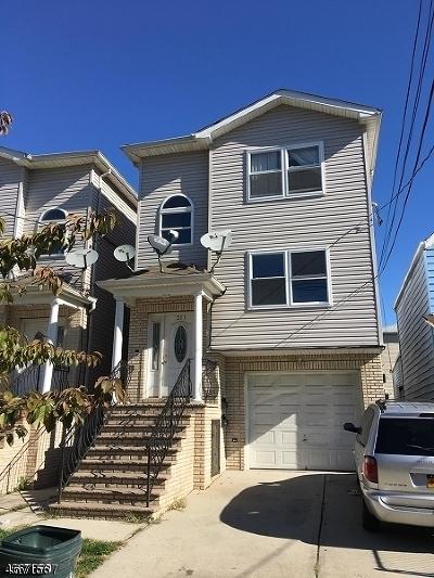 Elizabeth City Multi Family Home For Sale: 211 Fulton St