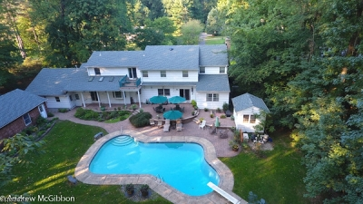 Scotch Plains Twp. Single Family Home For Sale: 10 Brandywine Ct