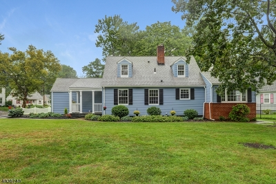 CRANFORD Single Family Home For Sale: 8 Cherokee Rd
