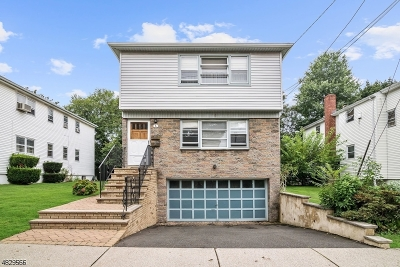 Maplewood Twp. Multi Family Home For Sale: 6 Gifford Ct
