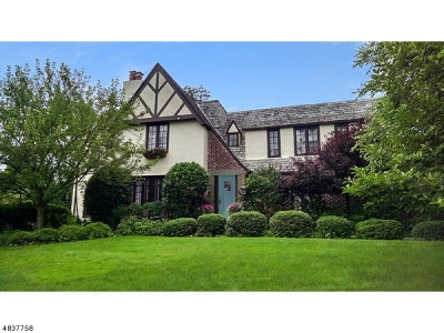 Millburn Twp. Single Family Home For Sale: 62 Colonial Way