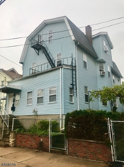 Elizabeth City Multi Family Home For Sale: 226-228 Marshall St