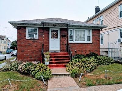 ELIZABETH Single Family Home For Sale: 656 Norwood Ter
