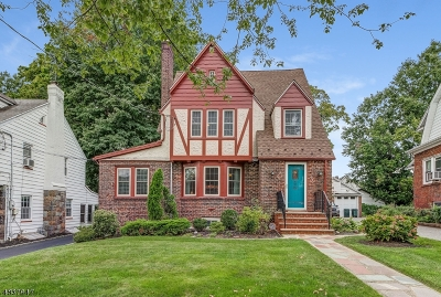 Maplewood Twp. Single Family Home For Sale: 29 Colgate Rd