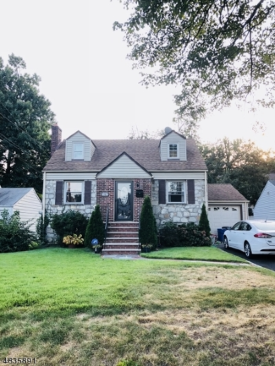 CLARK Single Family Home For Sale: 57 Colonial Dr