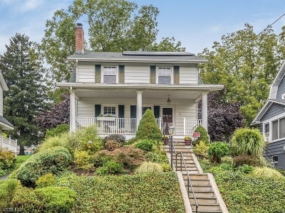 West Orange Twp. Single Family Home For Sale: 9 Oxford Ter
