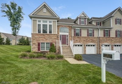 West Orange Twp. Condo/Townhouse For Sale: 12 Whitbay Dr