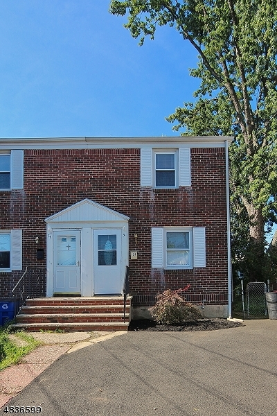 Cranford Twp. Single Family Home For Sale: 31 Park Ter