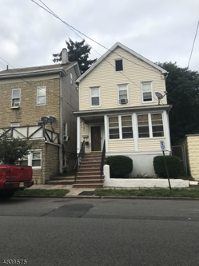 New Brunswick City NJ Single Family Home For Sale: $185,000