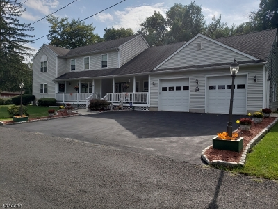 Roxbury Twp. Single Family Home For Sale: 7 Tonneson Dr