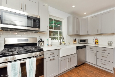 Roselle Park Boro Single Family Home For Sale: 636 Galloping Hill Rd
