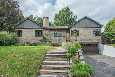 Nutley Twp. Single Family Home For Sale: 11 Overlook Ter