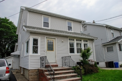 Bloomfield Twp. Single Family Home For Sale: 29 Fritz St
