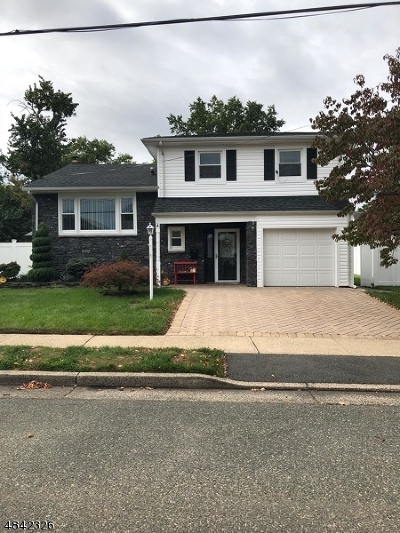 Rahway City Single Family Home For Sale: 876 Rayhon