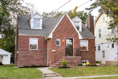 Maplewood Twp. Single Family Home For Sale: 4-8 Revere Ave